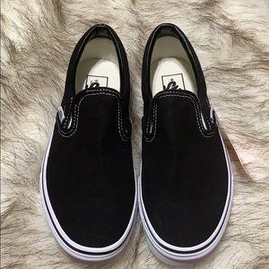 Nwt black vans slippons